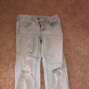 Lightwash Ripped American Eagle Jeans